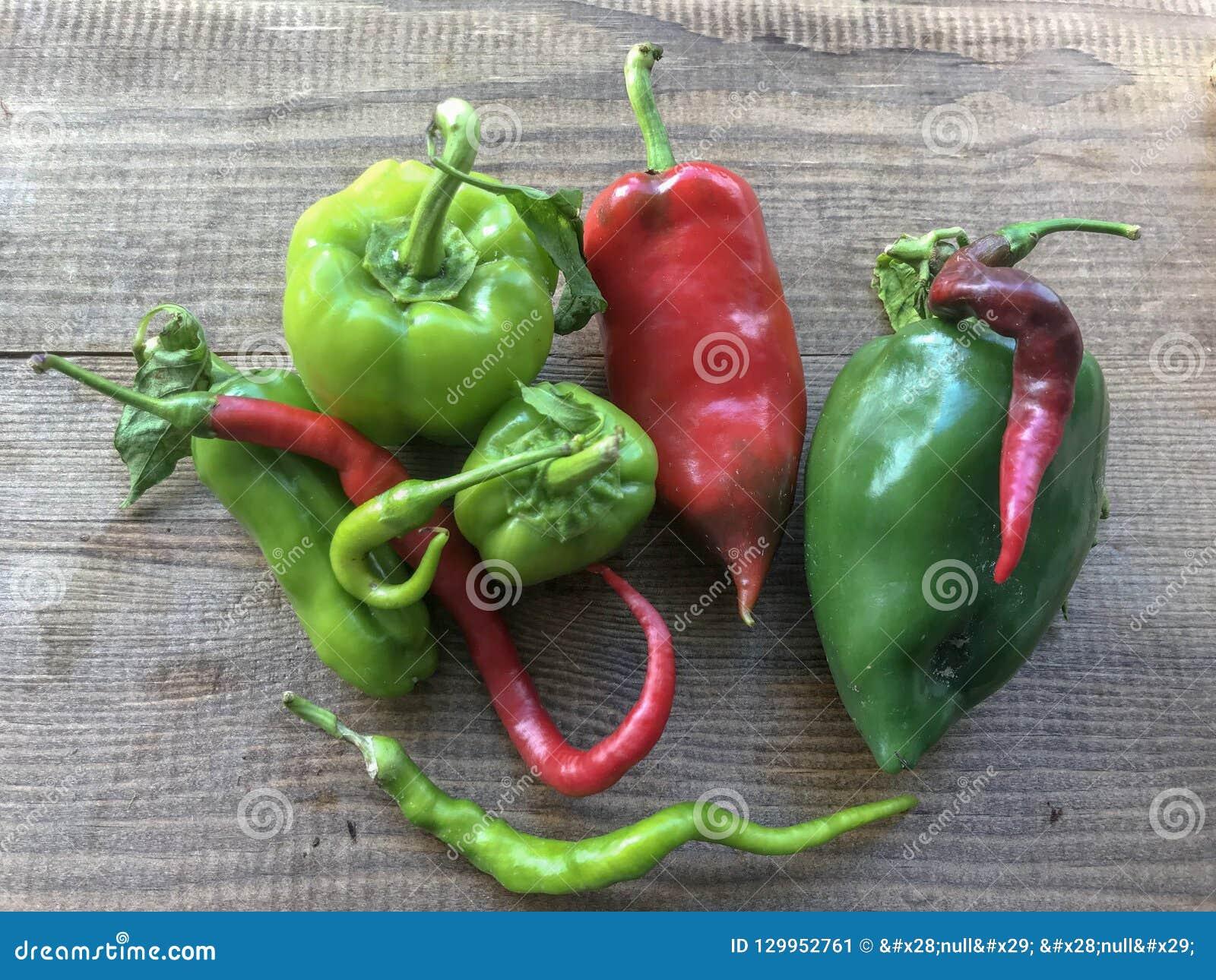 为食物收集的新鲜的胡椒