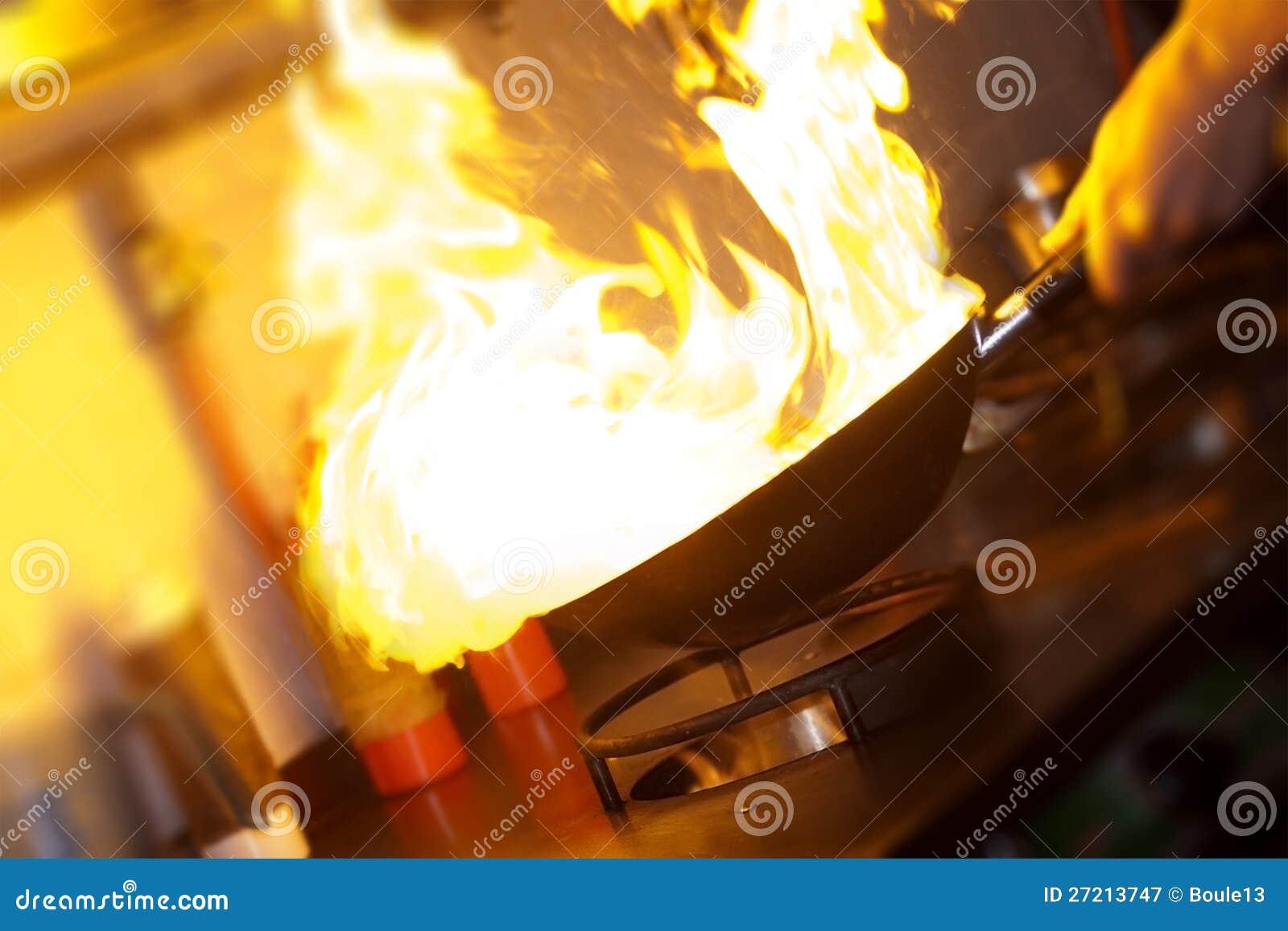 主厨做flambe