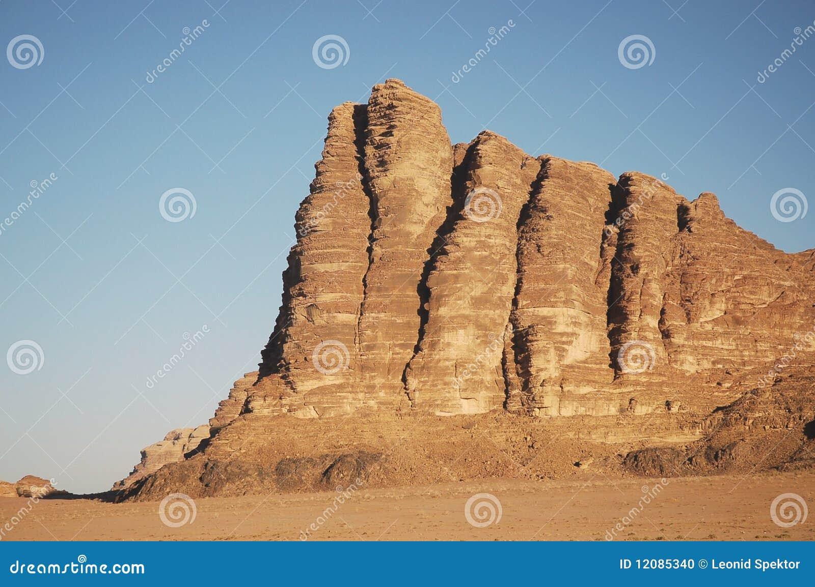 乔丹命名了高峰柱子七智慧