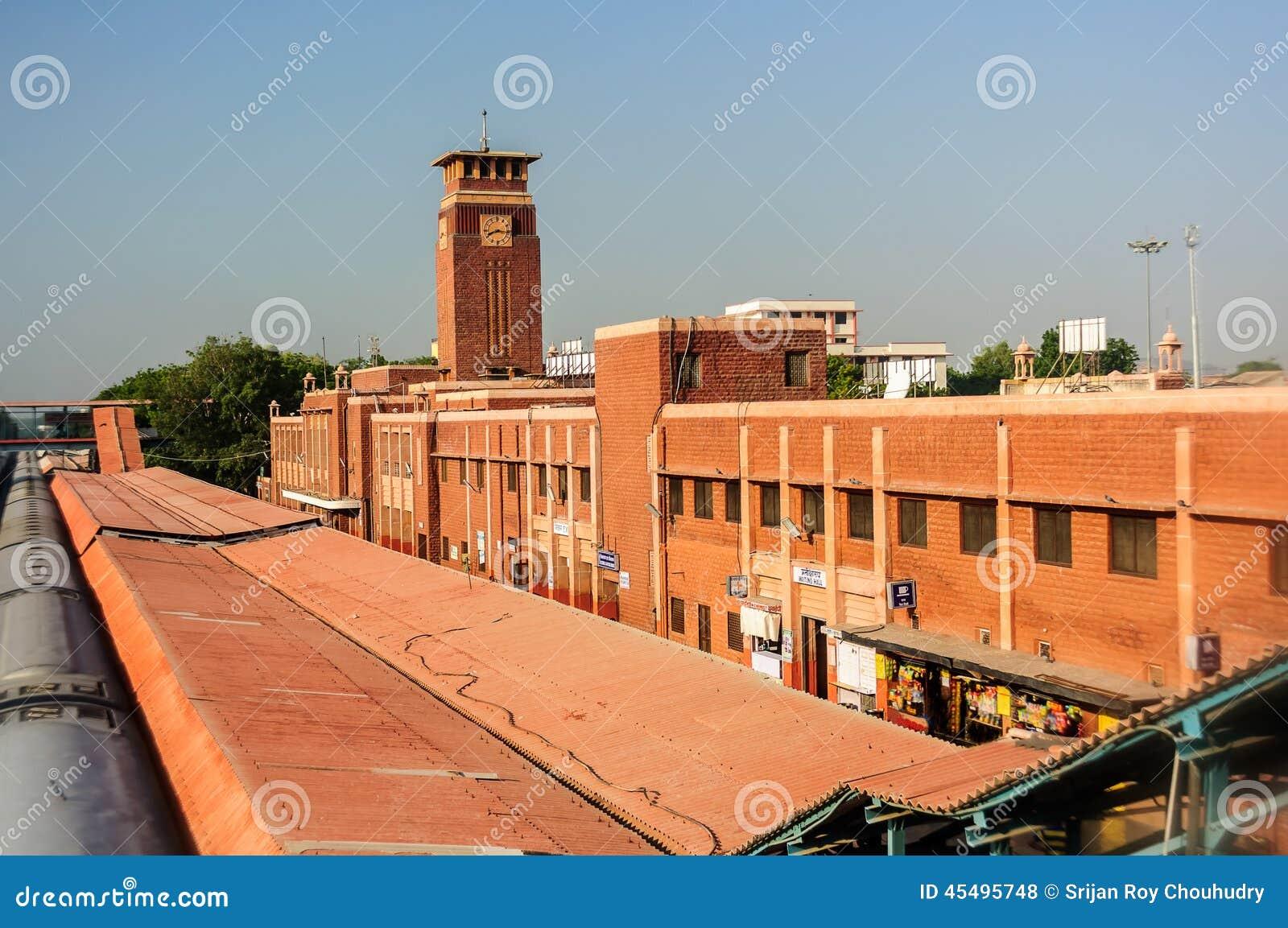 乔德普尔城、拉贾斯坦、印度火车或者火车站在清早