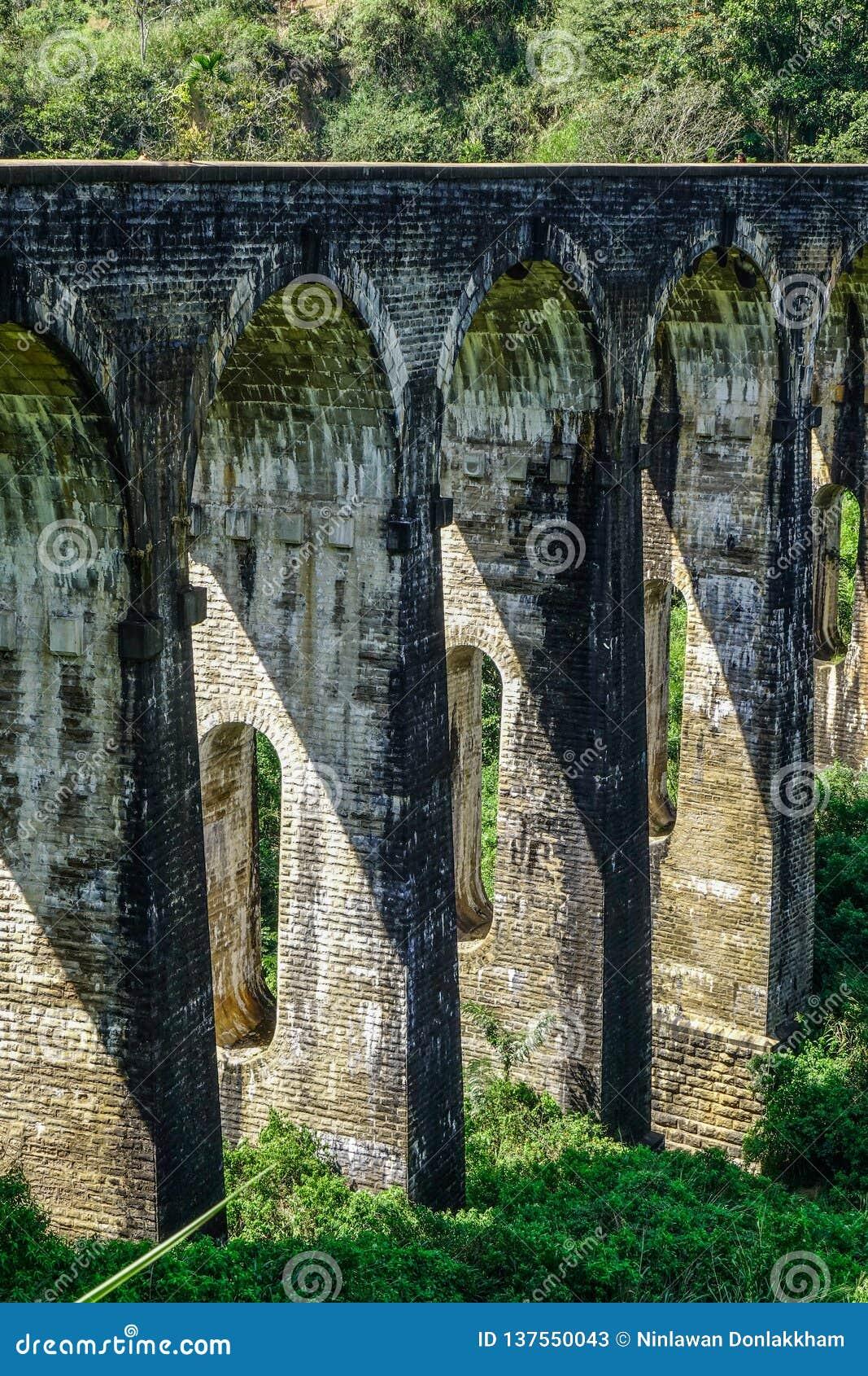 九曲拱桥梁在埃拉,斯里兰卡