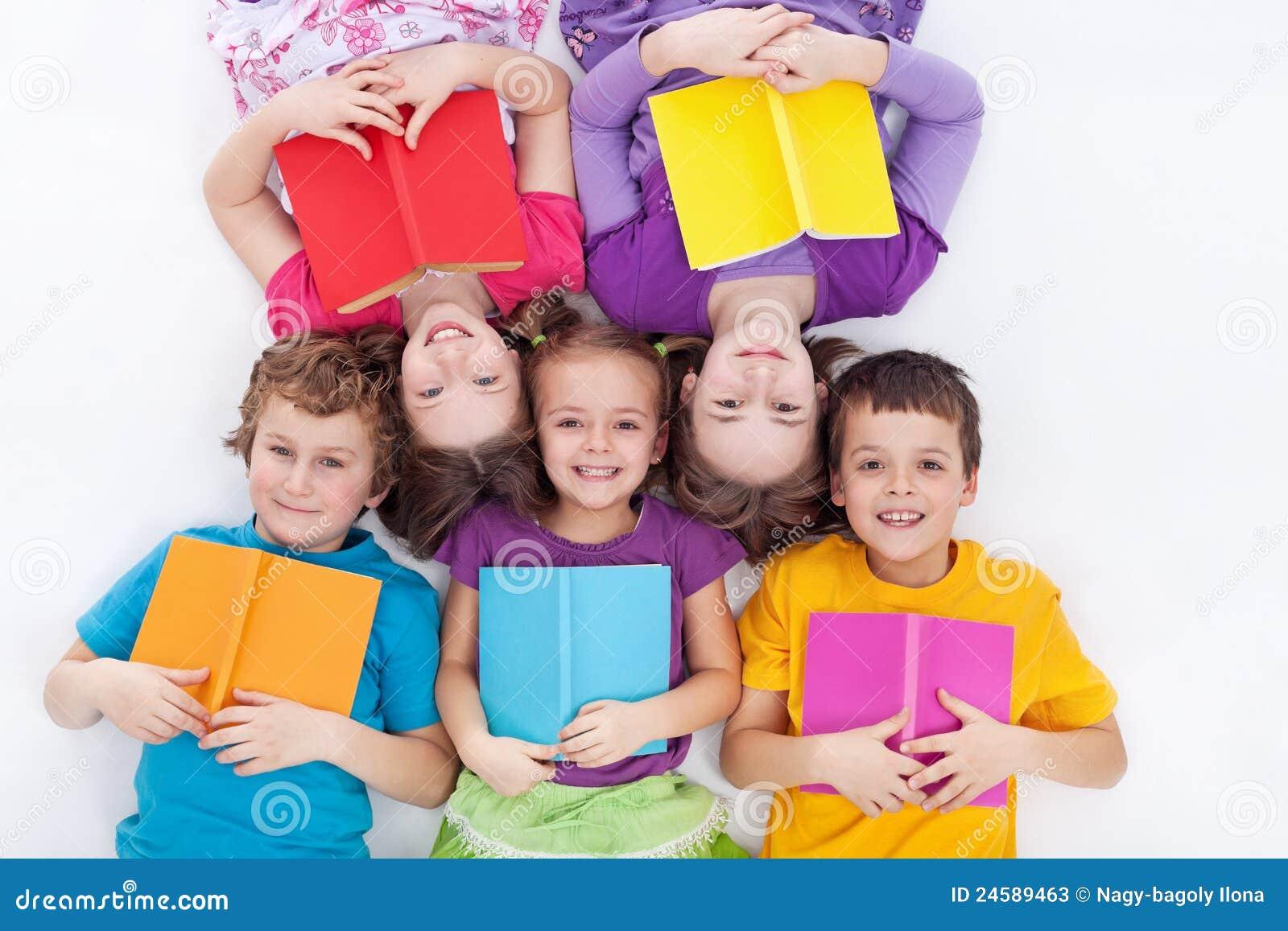 书难倒愉快藏品孩子放置