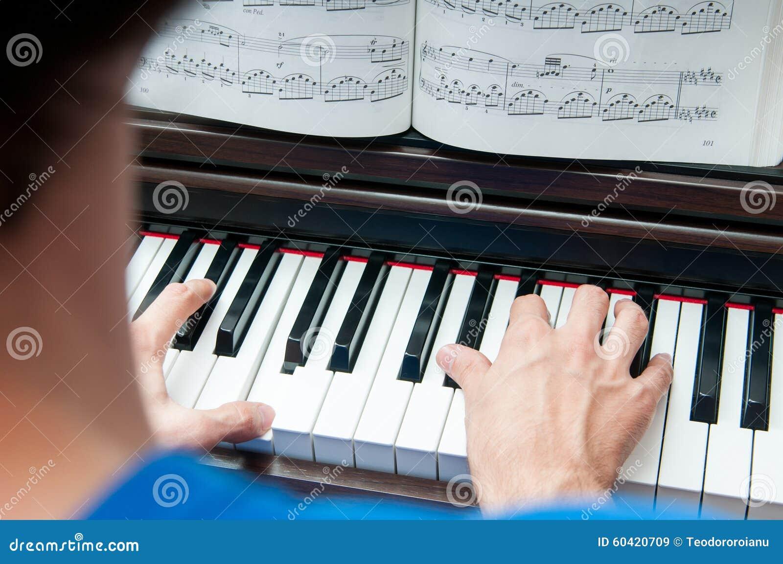 读书音乐纸张