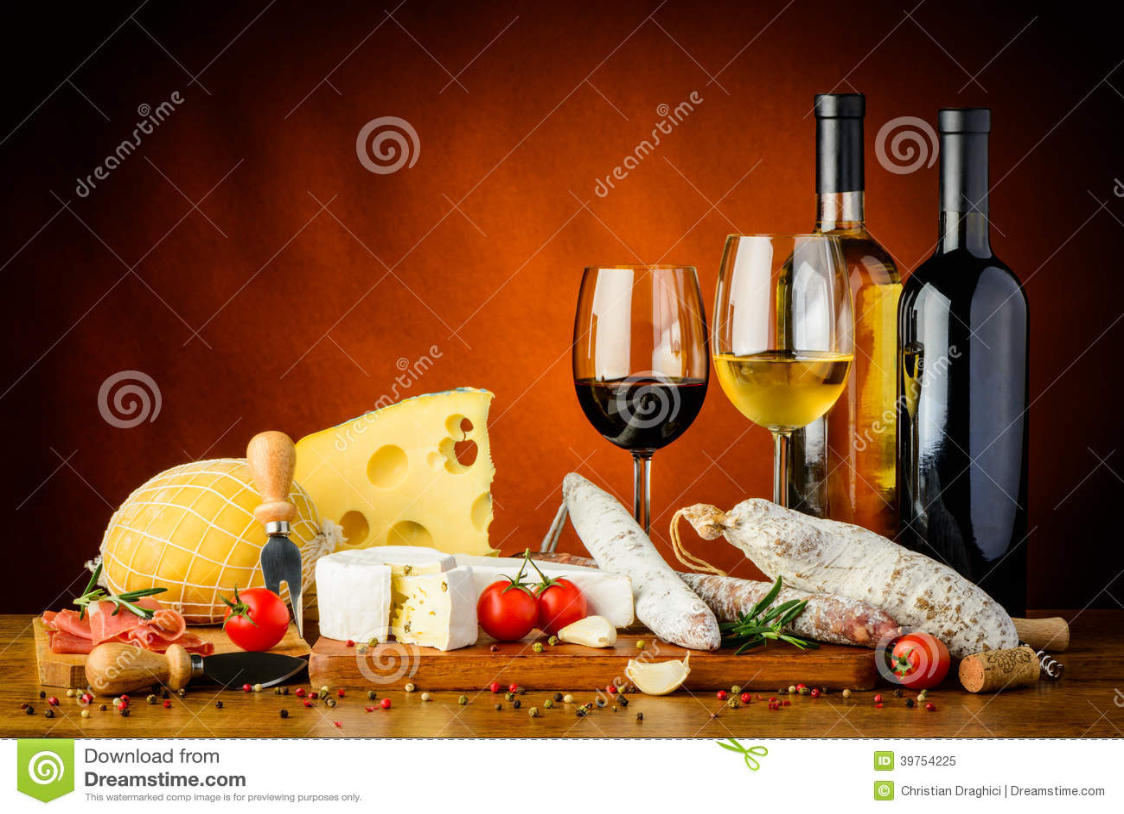 乳酪、香肠和酒