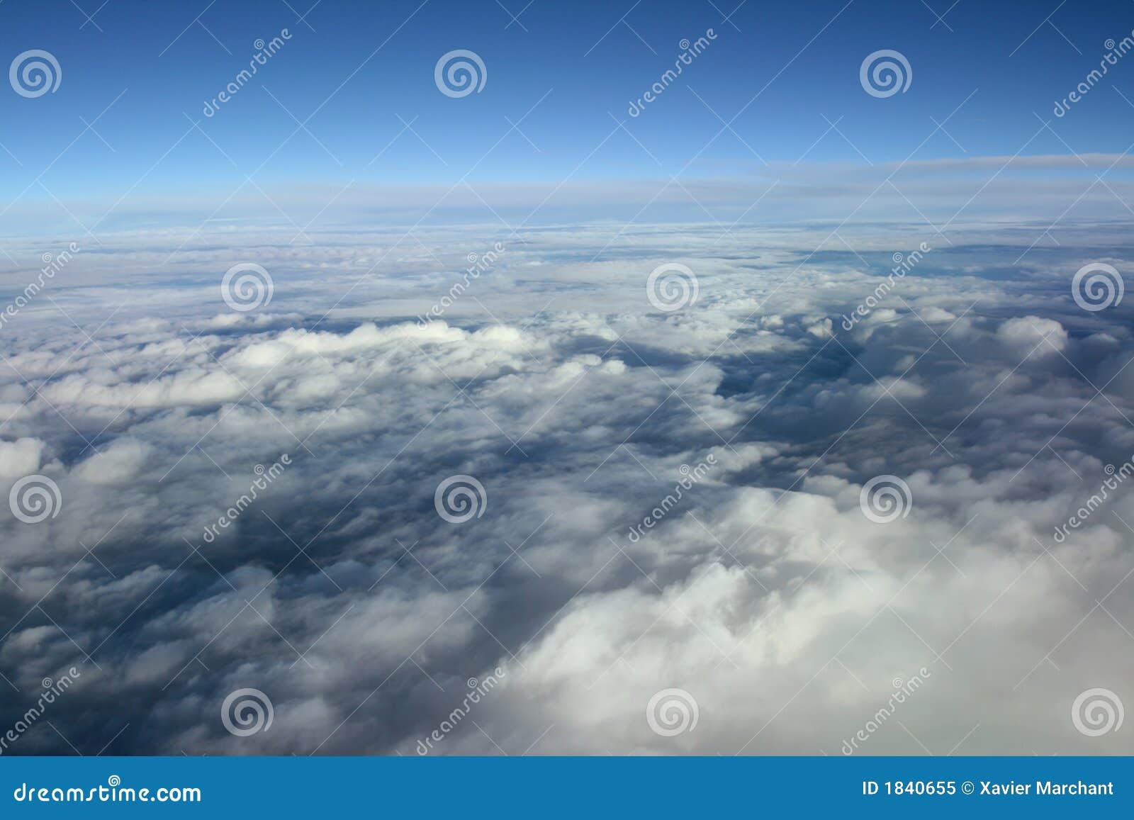 云彩阴云密布