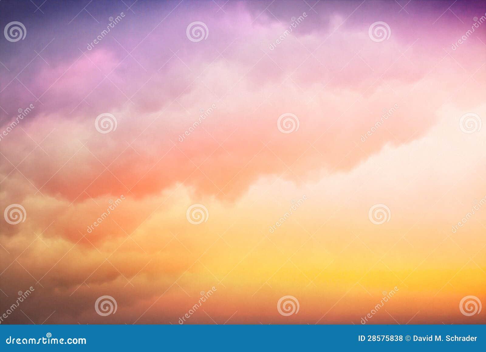 五颜六色的云彩梯度