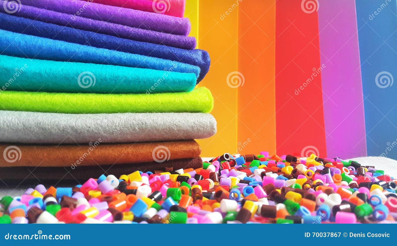 五颜六色的制作的材料