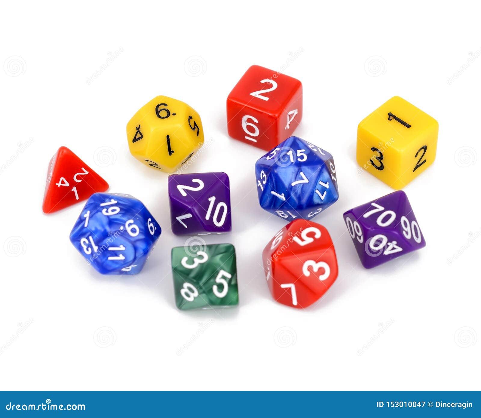 五颜六色的多支持的角色戏剧比赛把被隔绝的白色背景切成小方块