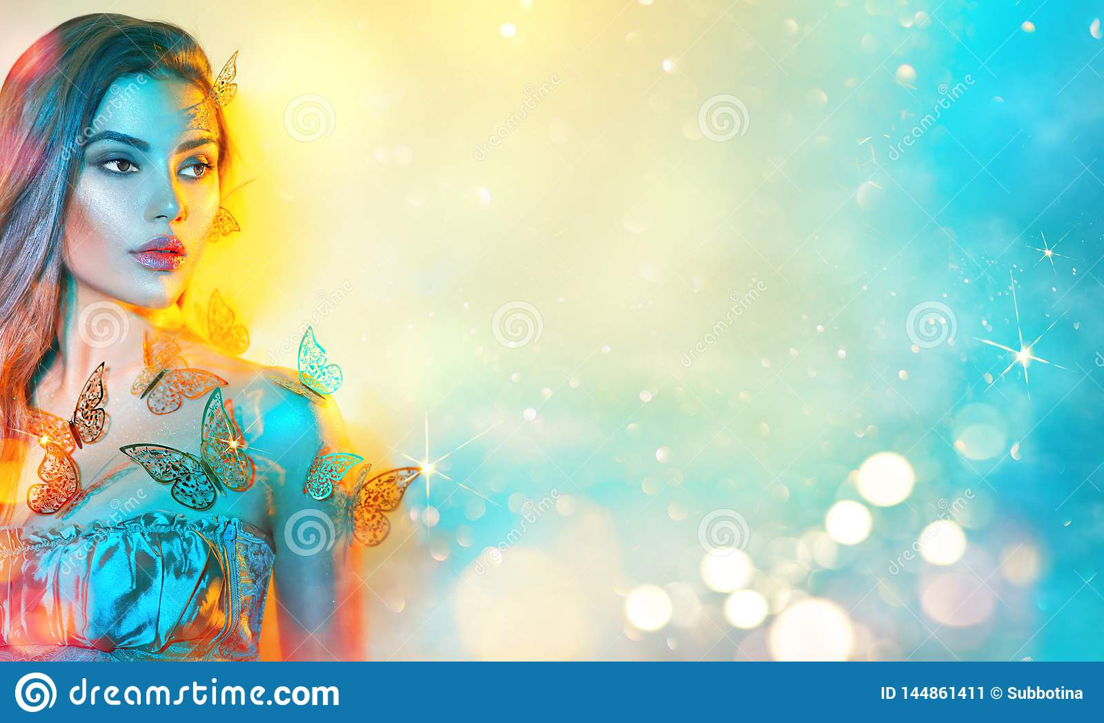 五颜六色的明亮的霓虹灯的秀丽幻想式样春天女孩 美丽的夏天年轻女人画象紫外的 r