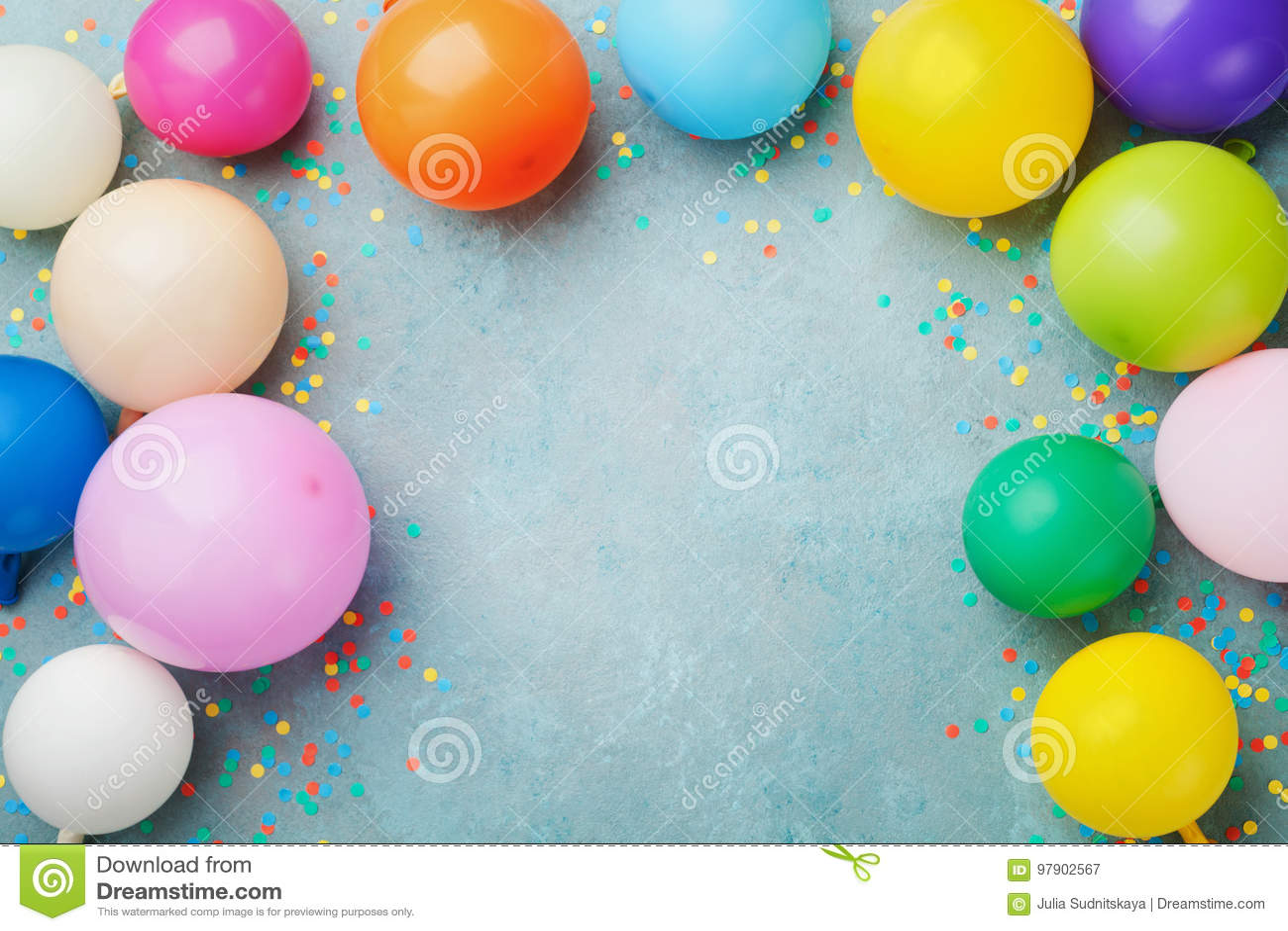 五颜六色的气球和五彩纸屑在蓝色台式视图 欢乐或党背景 平的位置样式 生日贺卡eps10问候例证向量