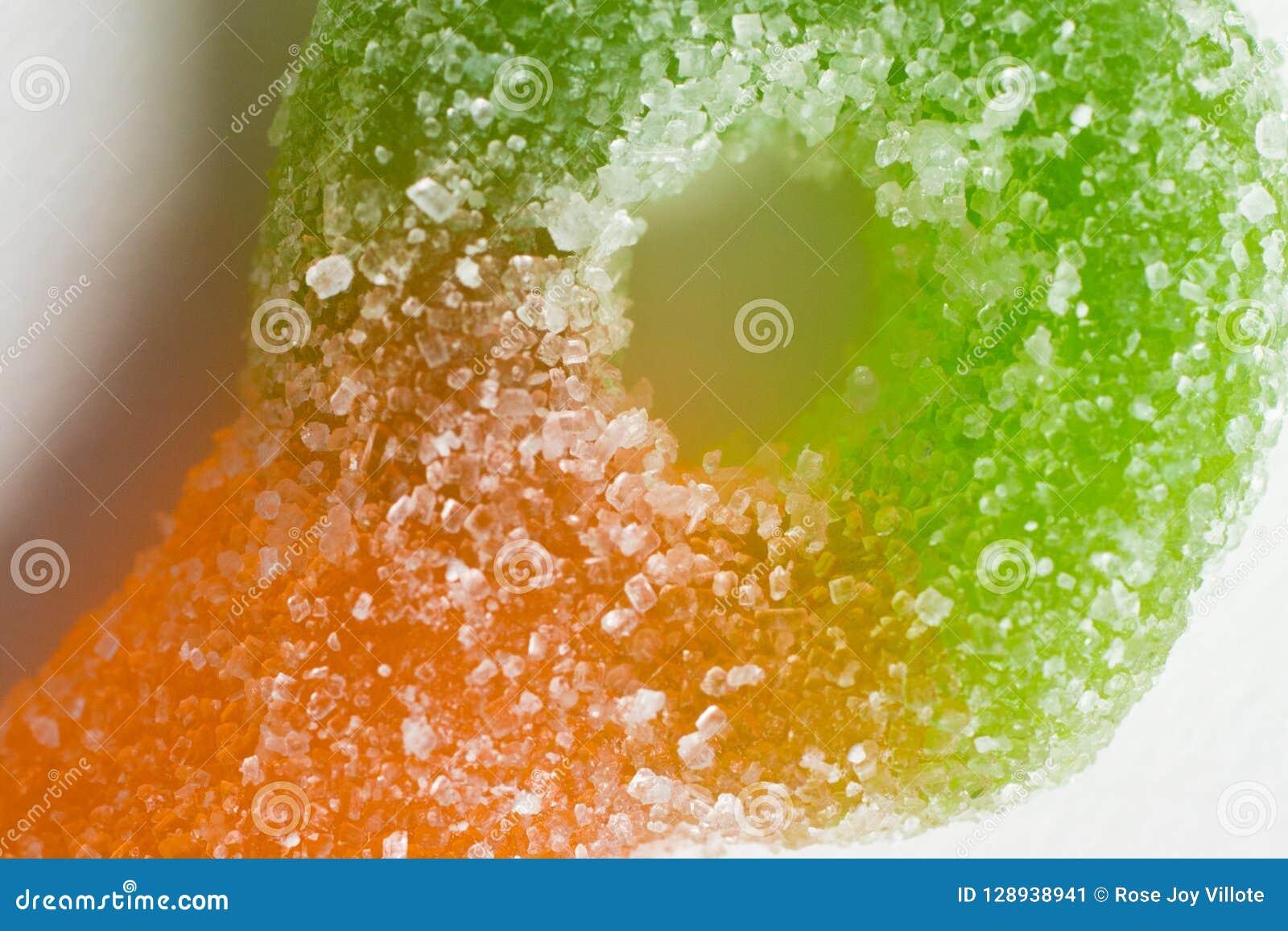 五颜六色的糖宏指令涂上了耐嚼的胶粘的糖果