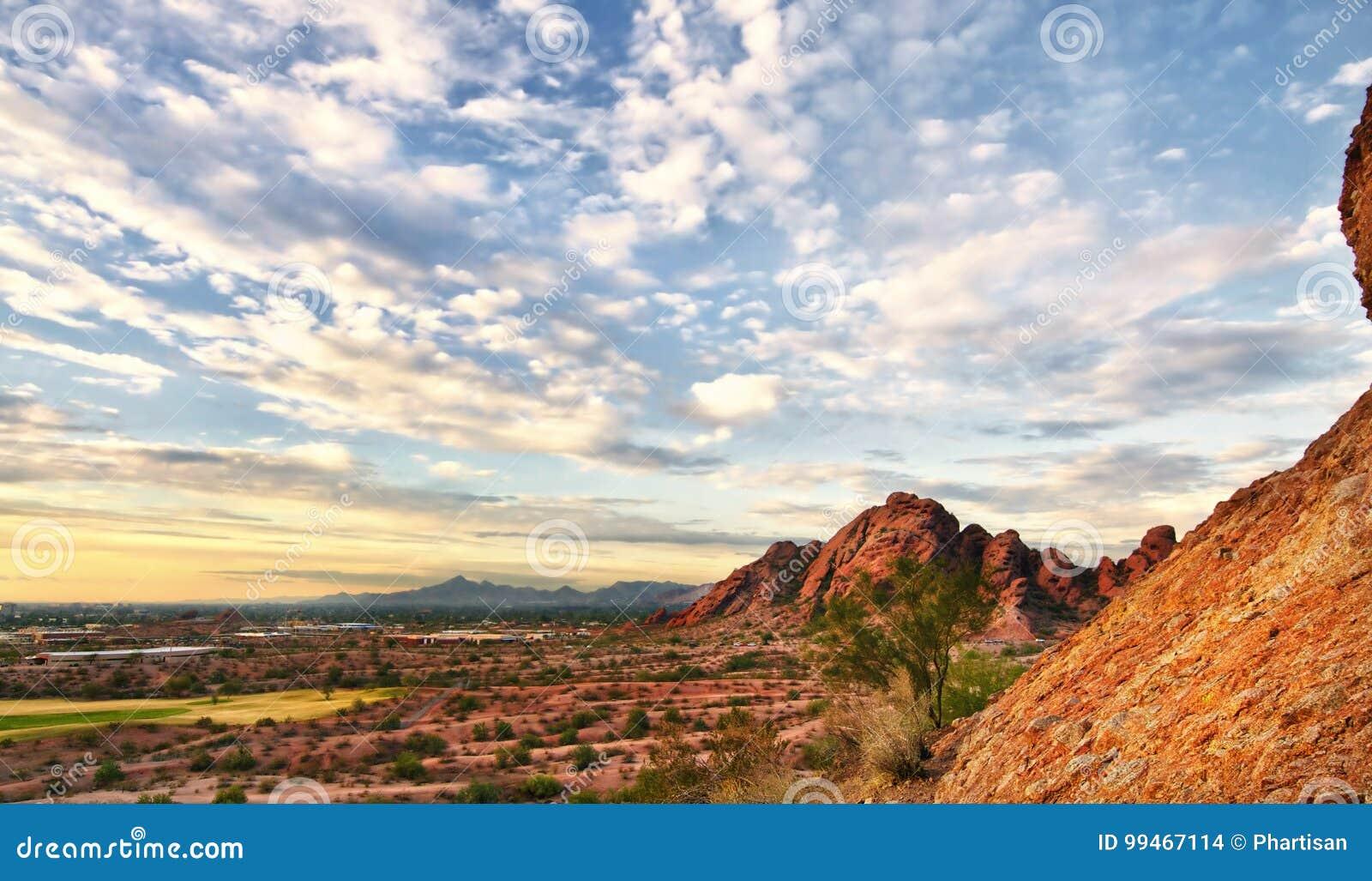 亚利桑那沙漠风景Papago公园菲尼斯