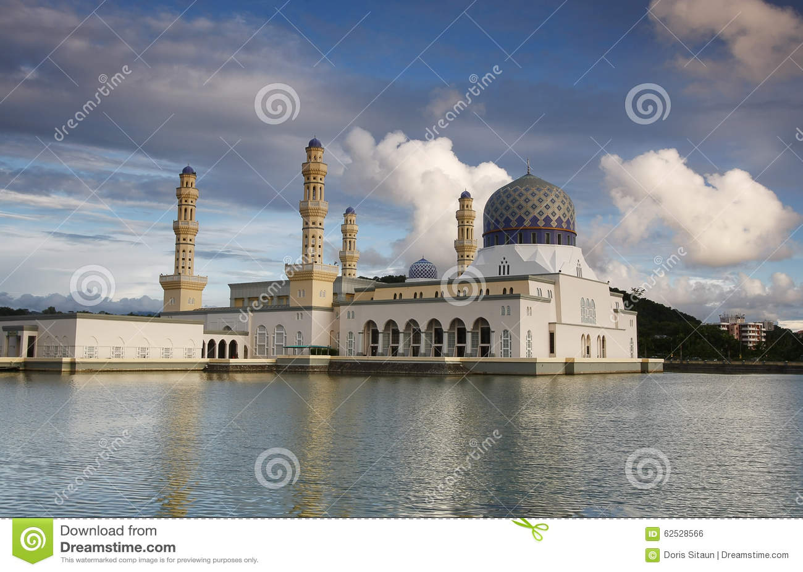 亚庇市清真寺,沙巴婆罗洲