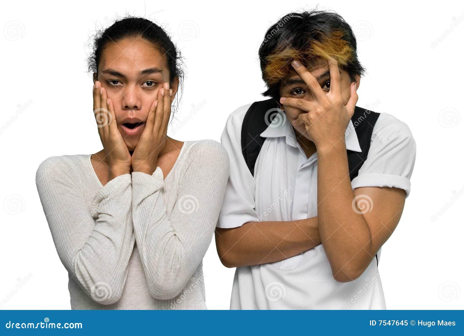 亚洲男孩夫妇emo震惊青少年