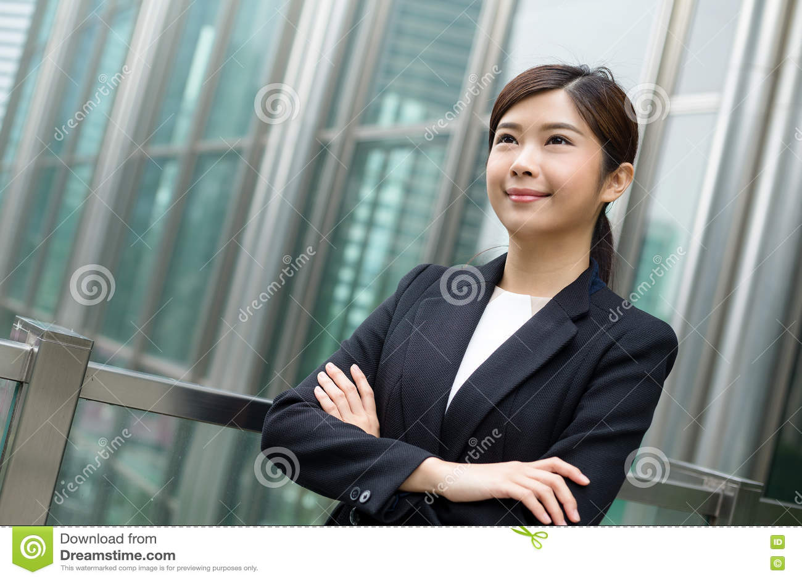 亚裔女商人