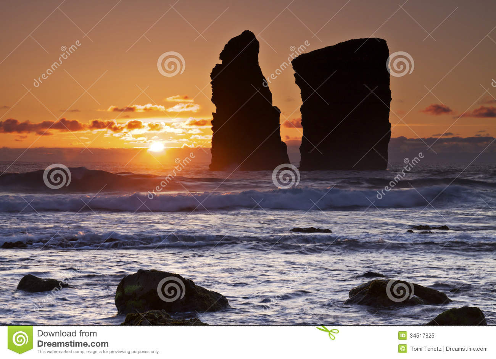 亚速尔群岛:日落在Mosteiros