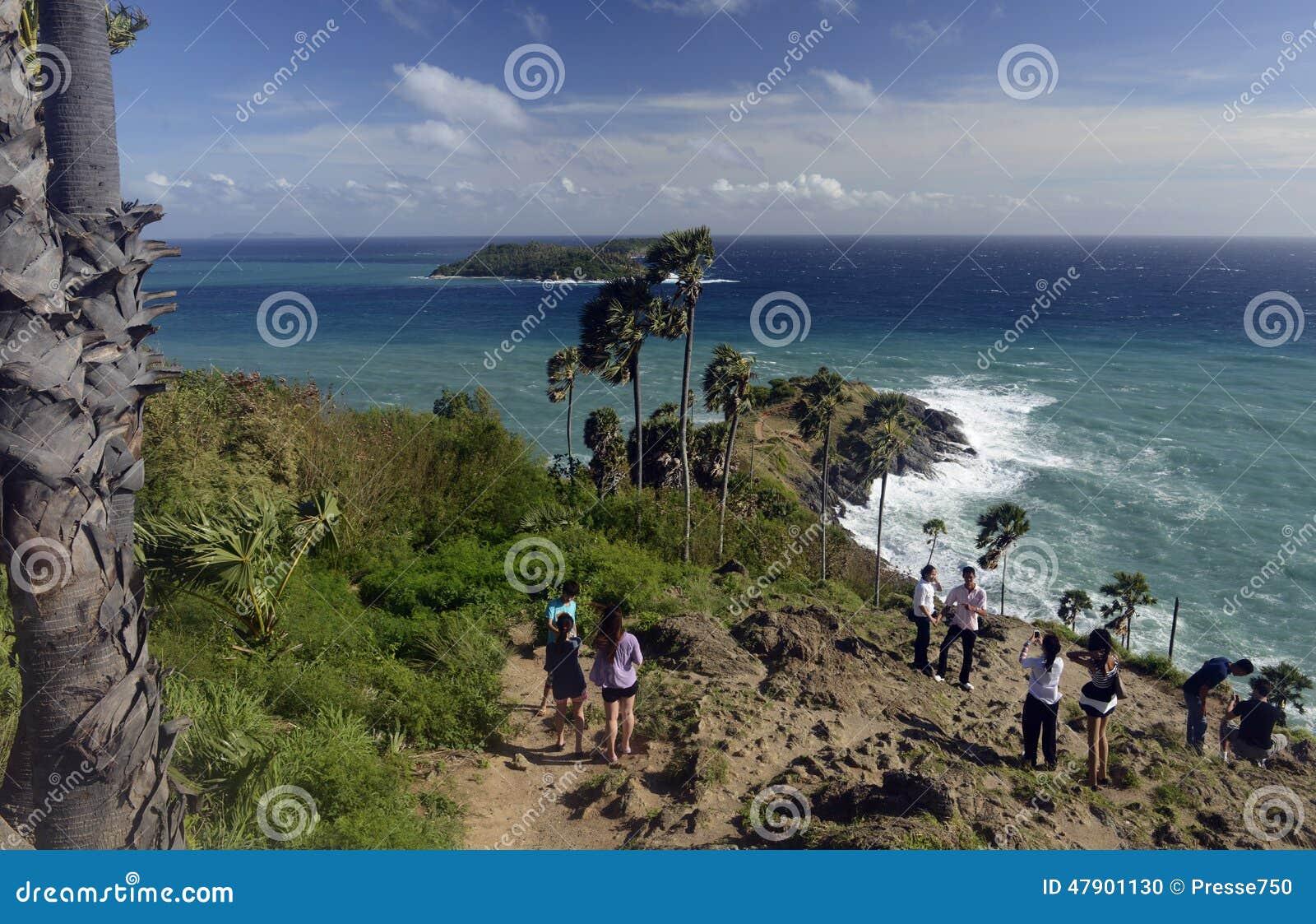 观点在rawai海滩附近的laem promthep在普吉岛海岛上的南部泰国的
