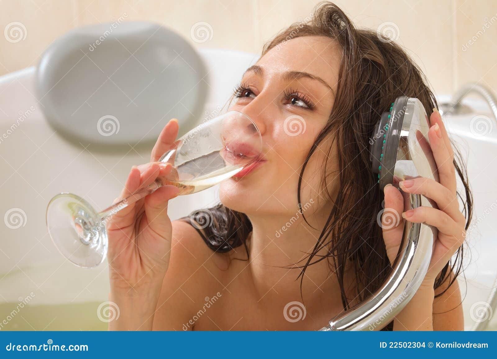 享用妇女的浴