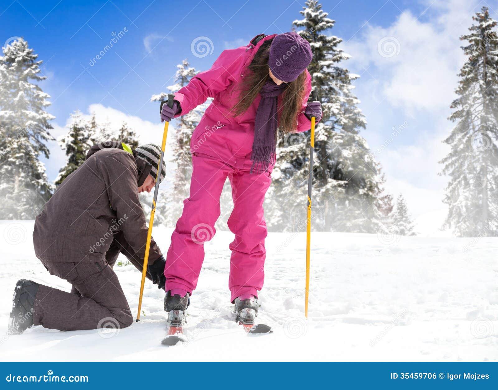 梦见和女朋友滑雪