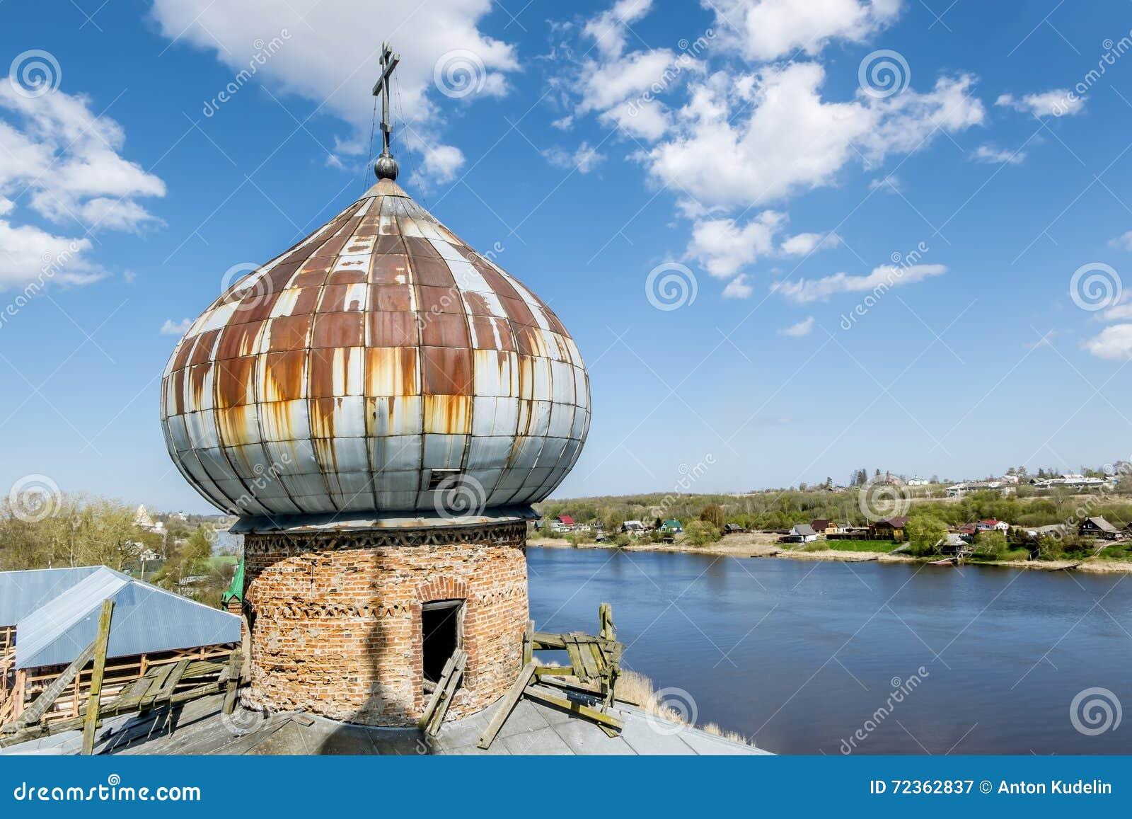 人的圣尼古拉斯修道院在Staraya拉多加 俄国