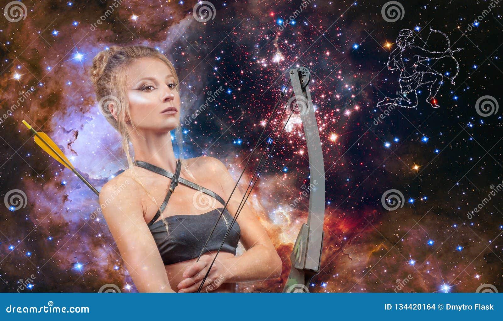人马座黄道带标志 占星术和占星,星系背景的美女人马座