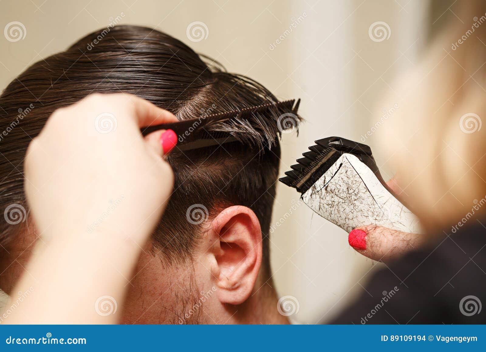 人` s理发