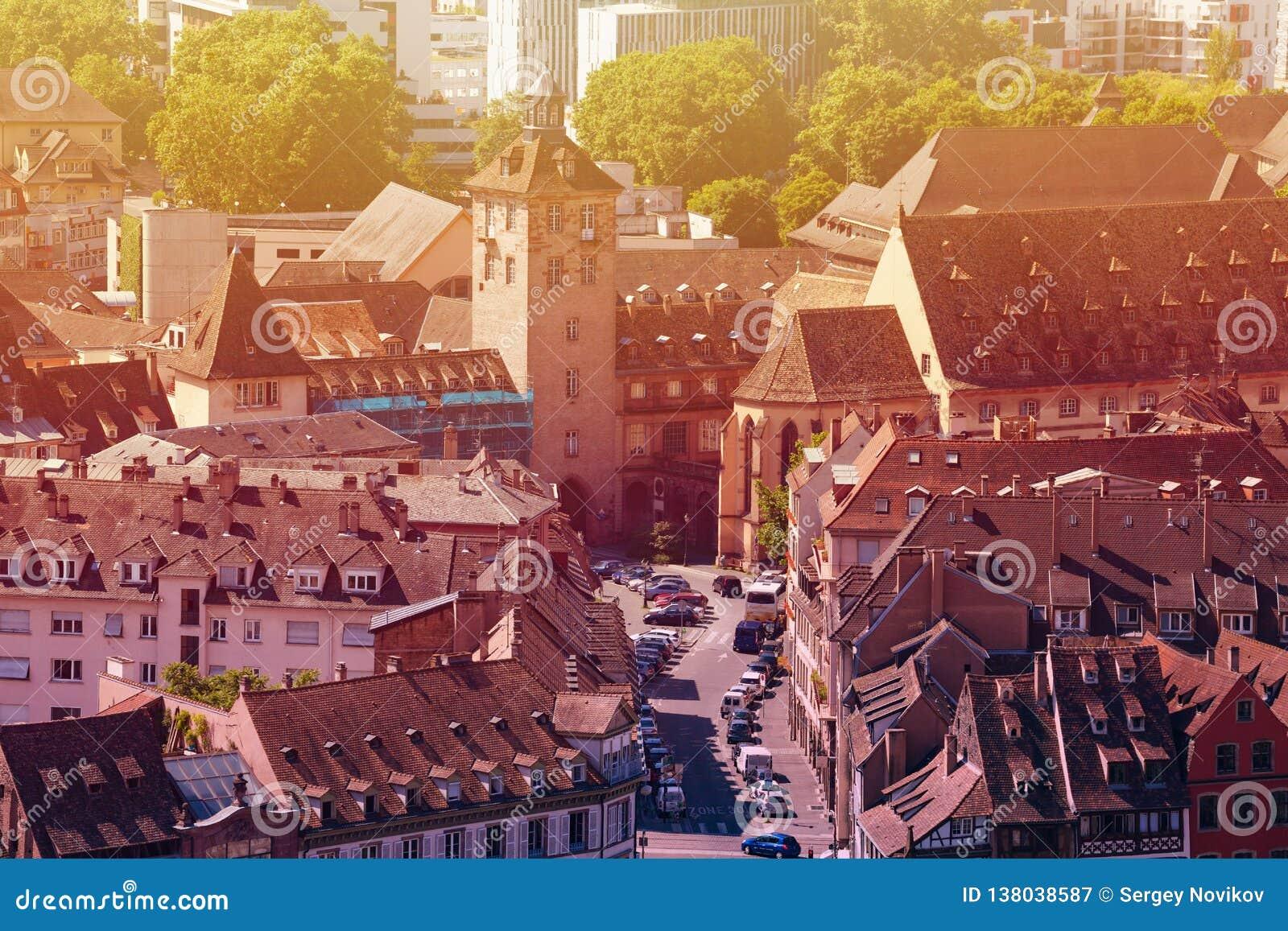 从上面史特拉斯堡街市街道,法国