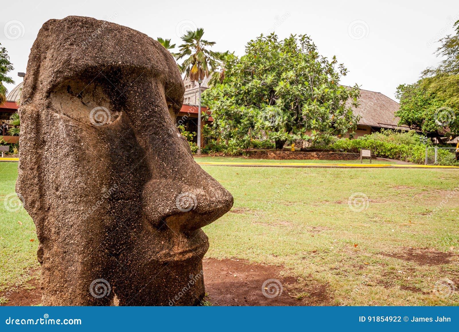 从复活节岛的Moai头