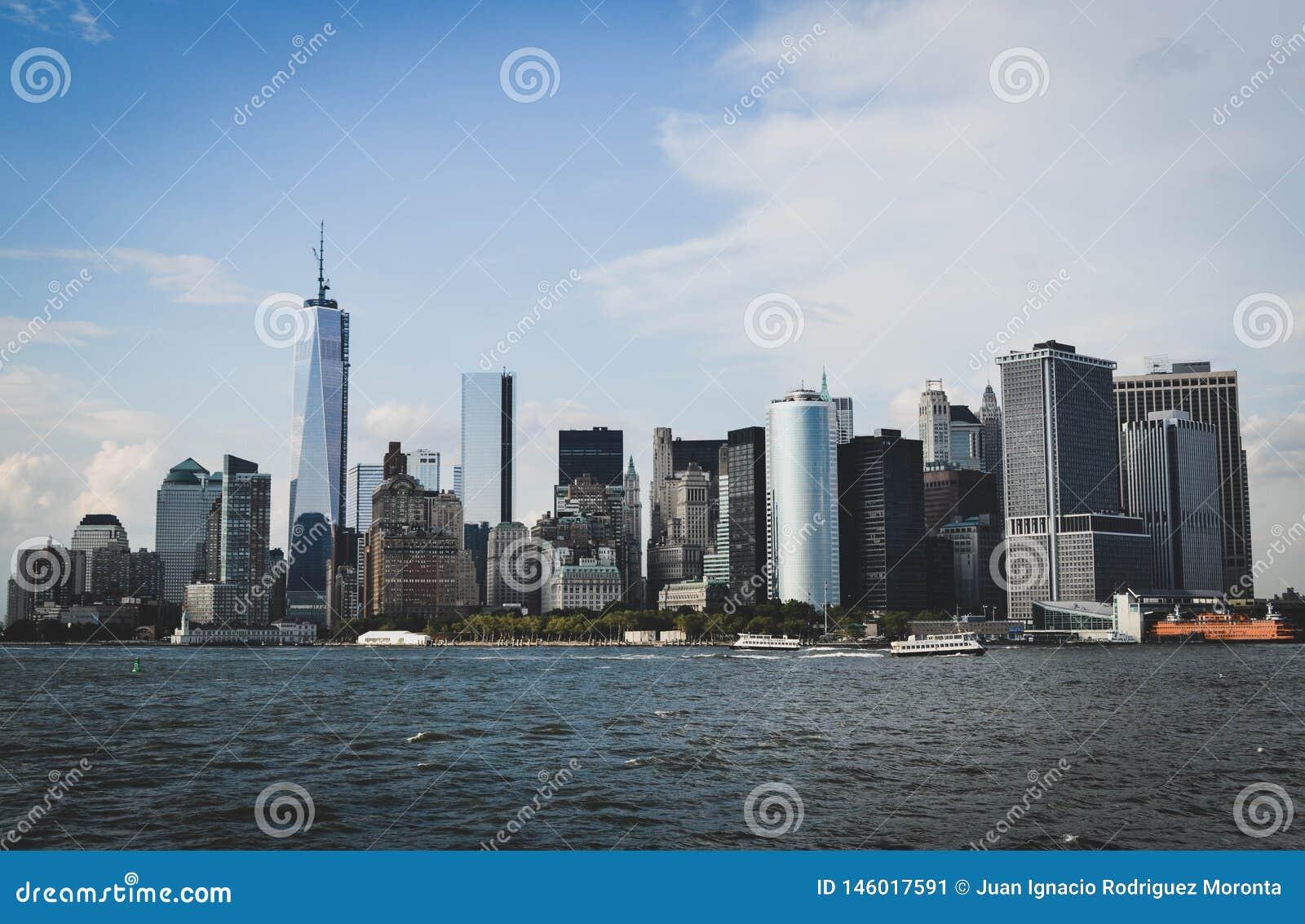 从海看的纽约地平线