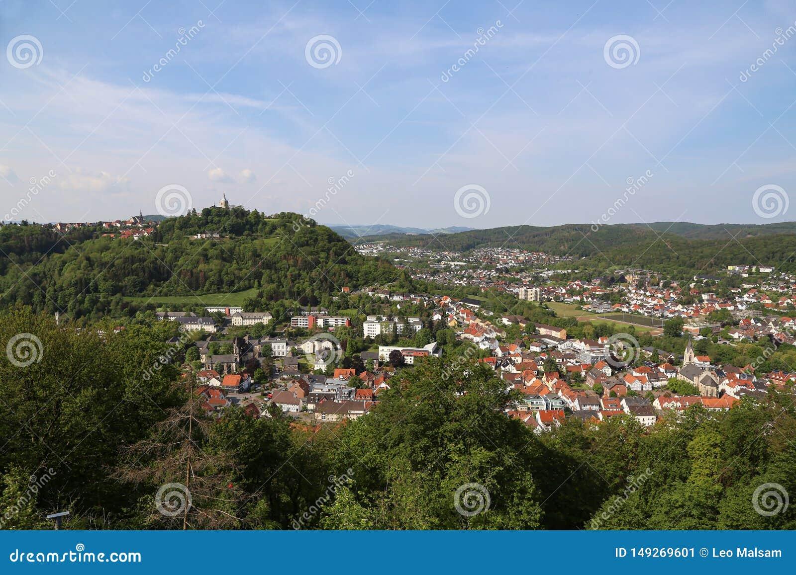从Bilstein塔的看法向马尔斯贝尔格,德国