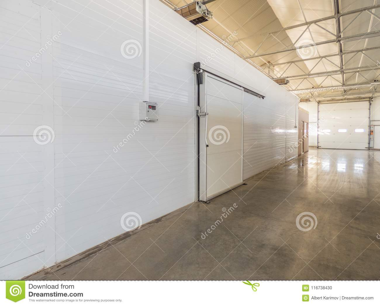 仓库冷冻机在工厂