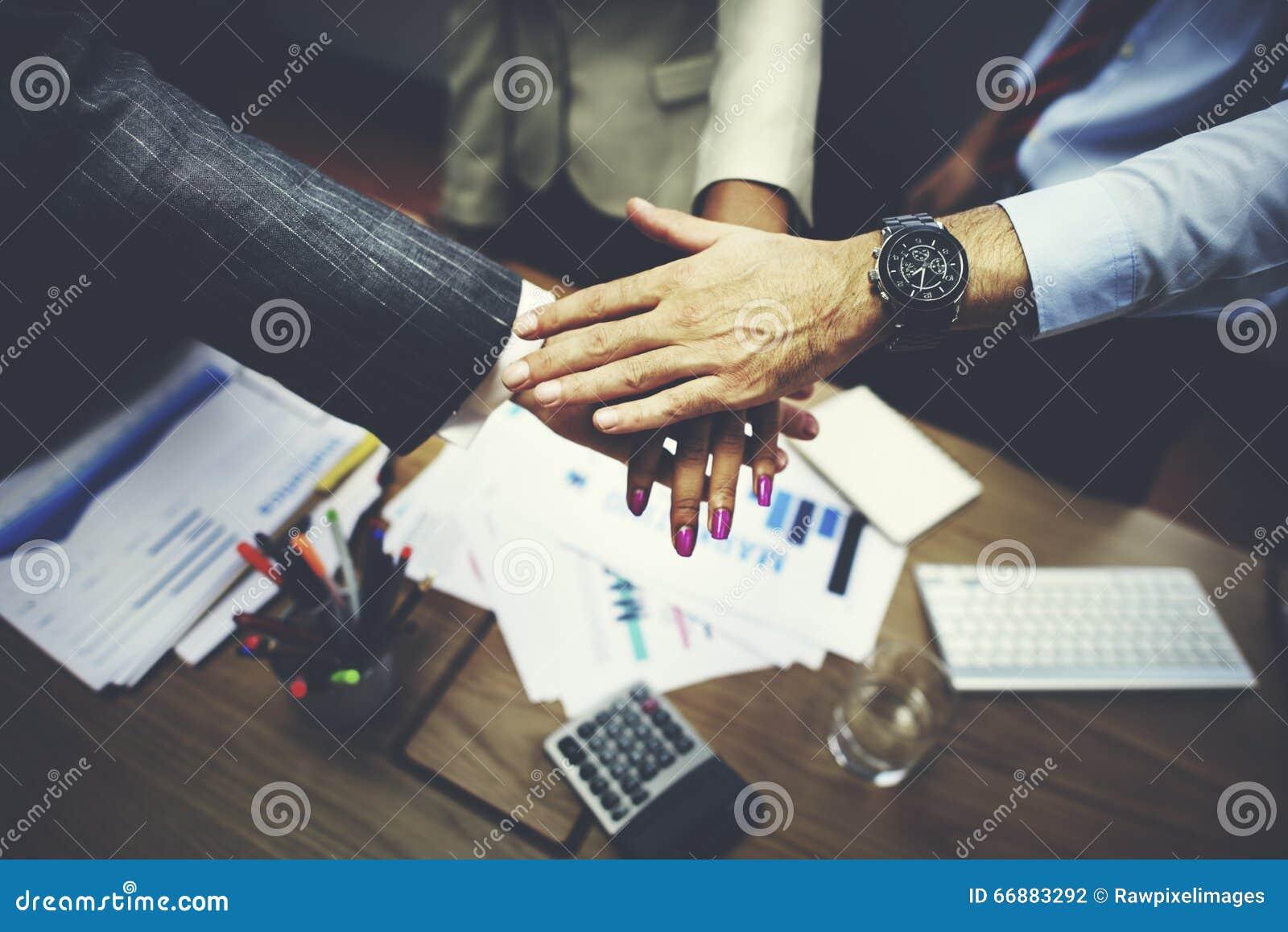 企业队一起配合合作概念