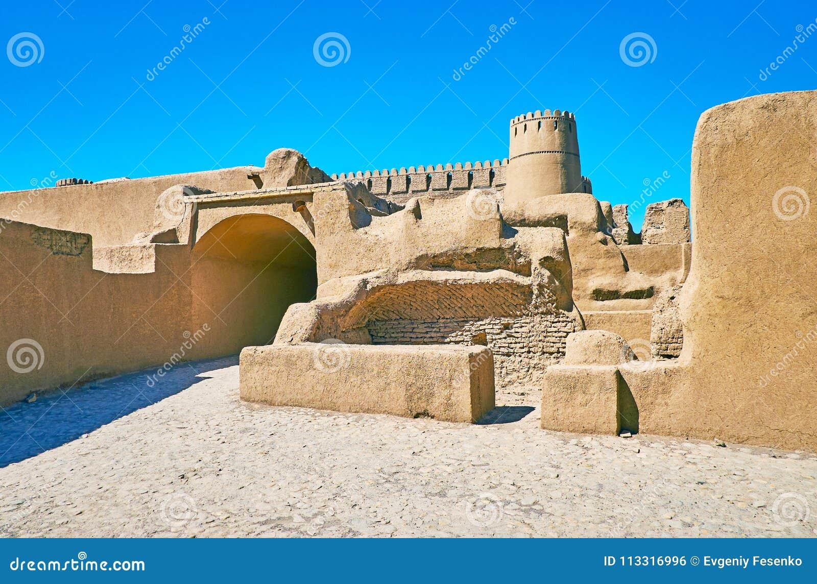伊朗的Adobe城堡
