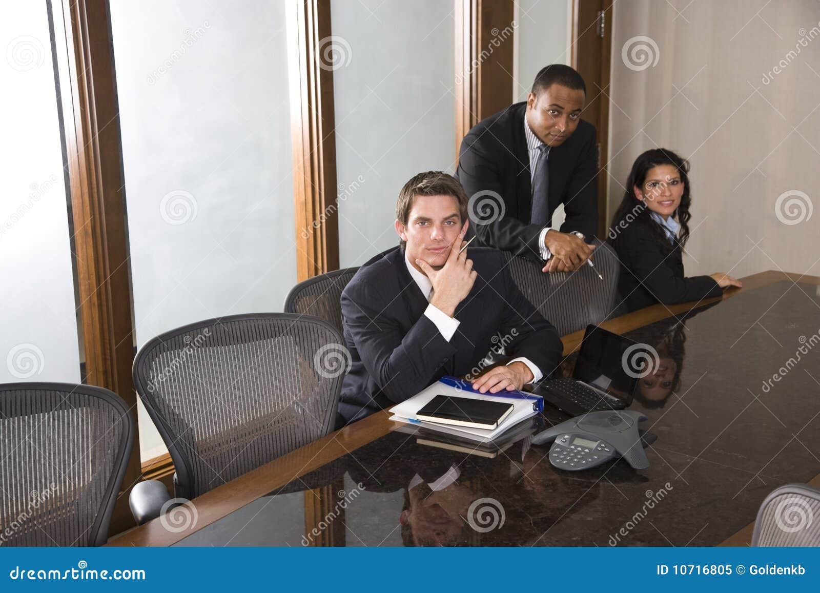 会议室企业种族多小组