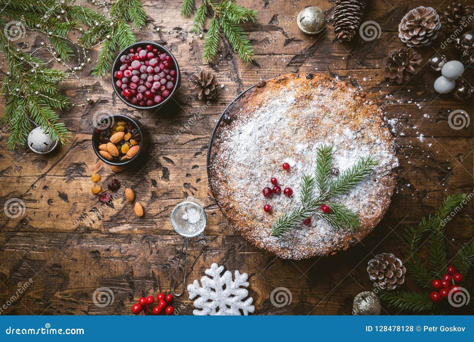 传统蛋糕的圣诞节