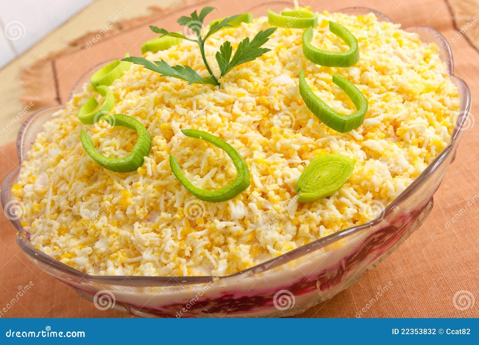 传统鲱鱼的沙拉