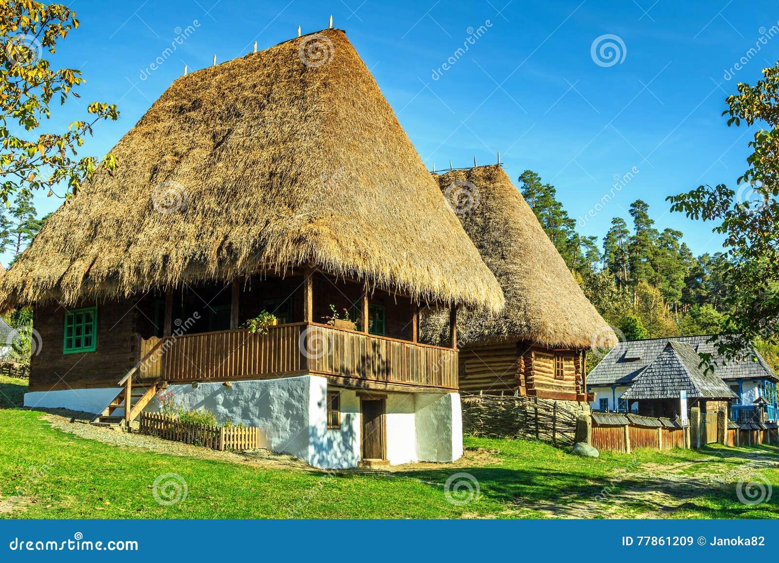 传统农民房子,阿斯特拉民族志学村庄博物馆,锡比乌,罗马尼亚,欧洲