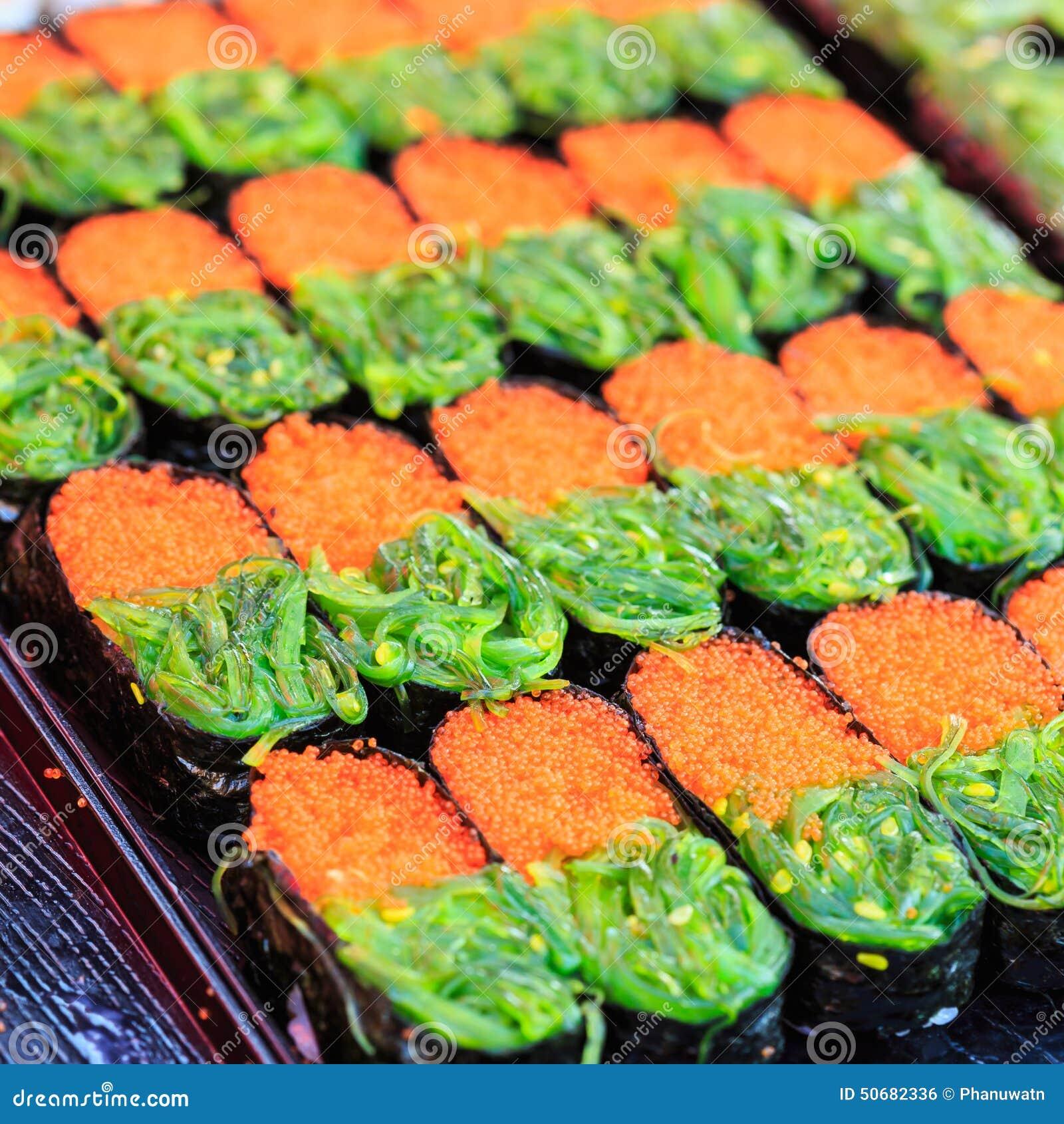 Download 传统食物日本的寿司 库存照片. 图片 包括有 文化, 食物, 蔬菜, 日语, 空白, 传统, 餐馆, 可口 - 50682336