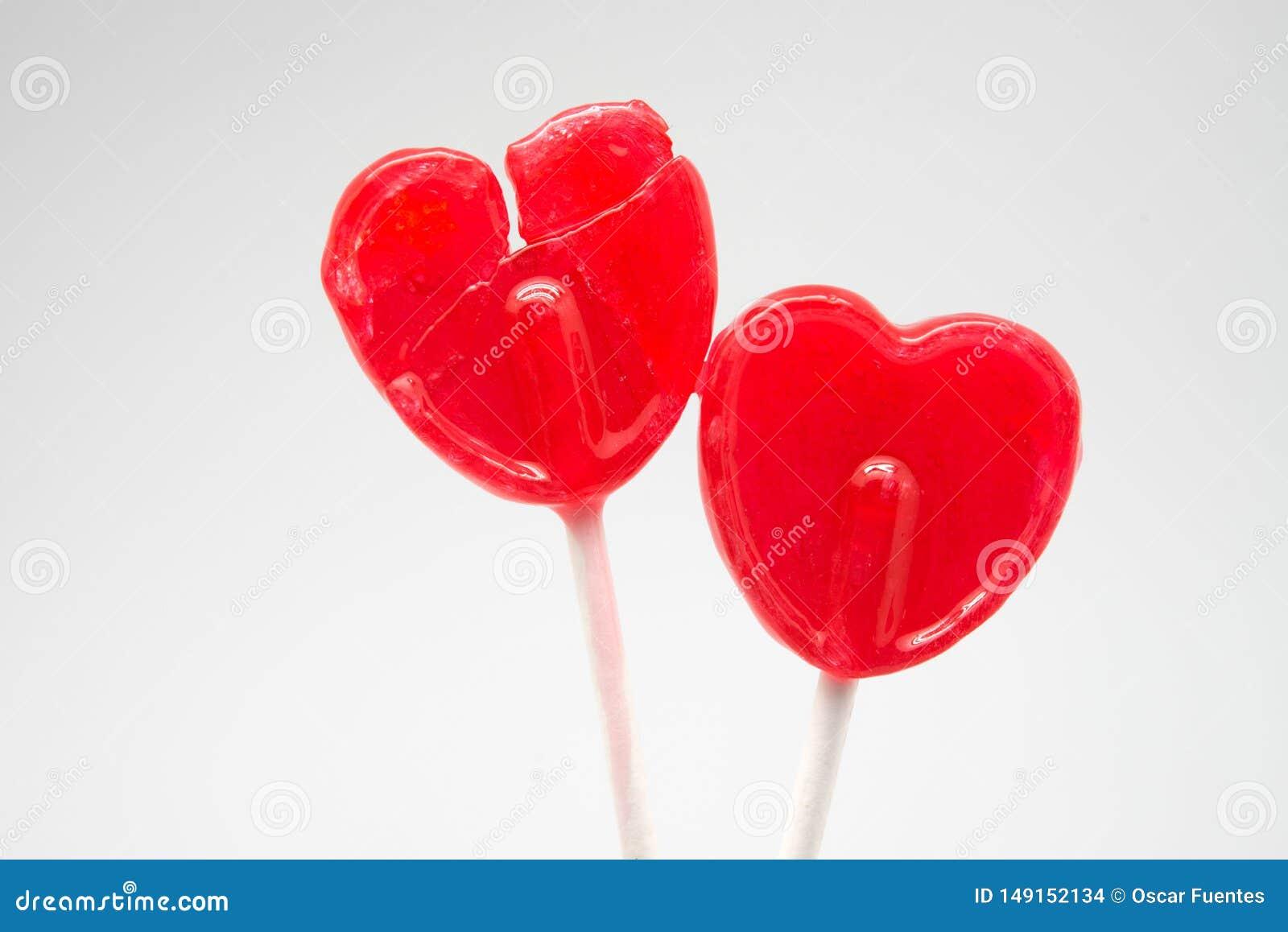 伤心红色心脏棒棒糖