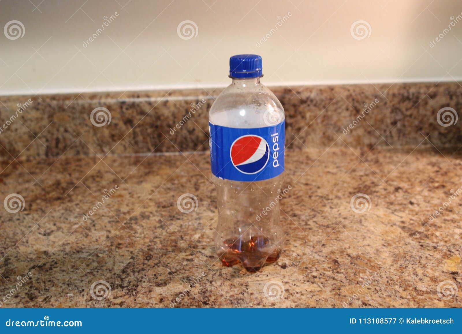 伦敦加拿大, 2018年3月19日:社论说明百事可乐软饮料 百事可乐是导致的碳酸化合的软饮料和
