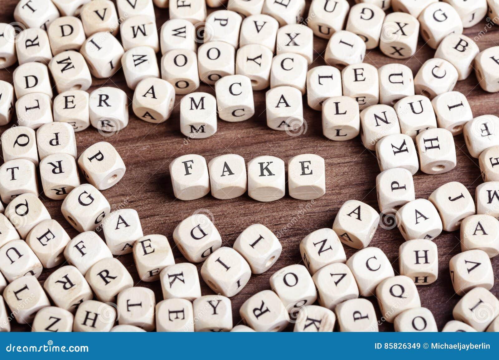 伪造品,信件把词切成小方块