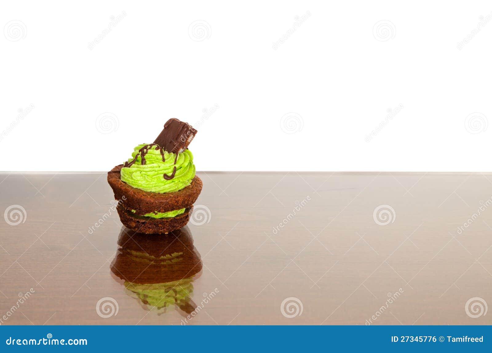 位规模果仁巧克力