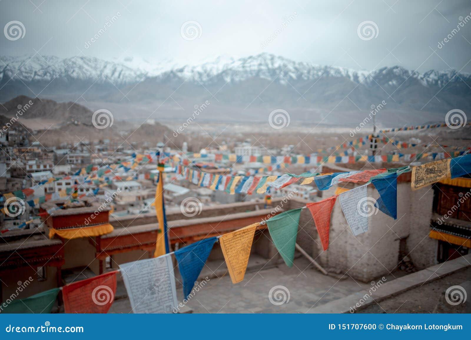 佛教西藏祷告旗子五颜六色的旗子
