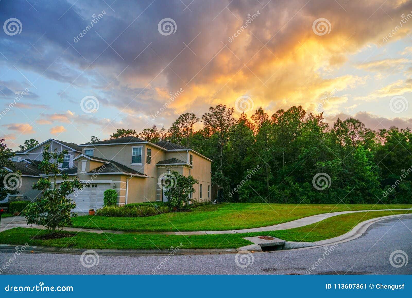 佛罗里达太阳集合和房子