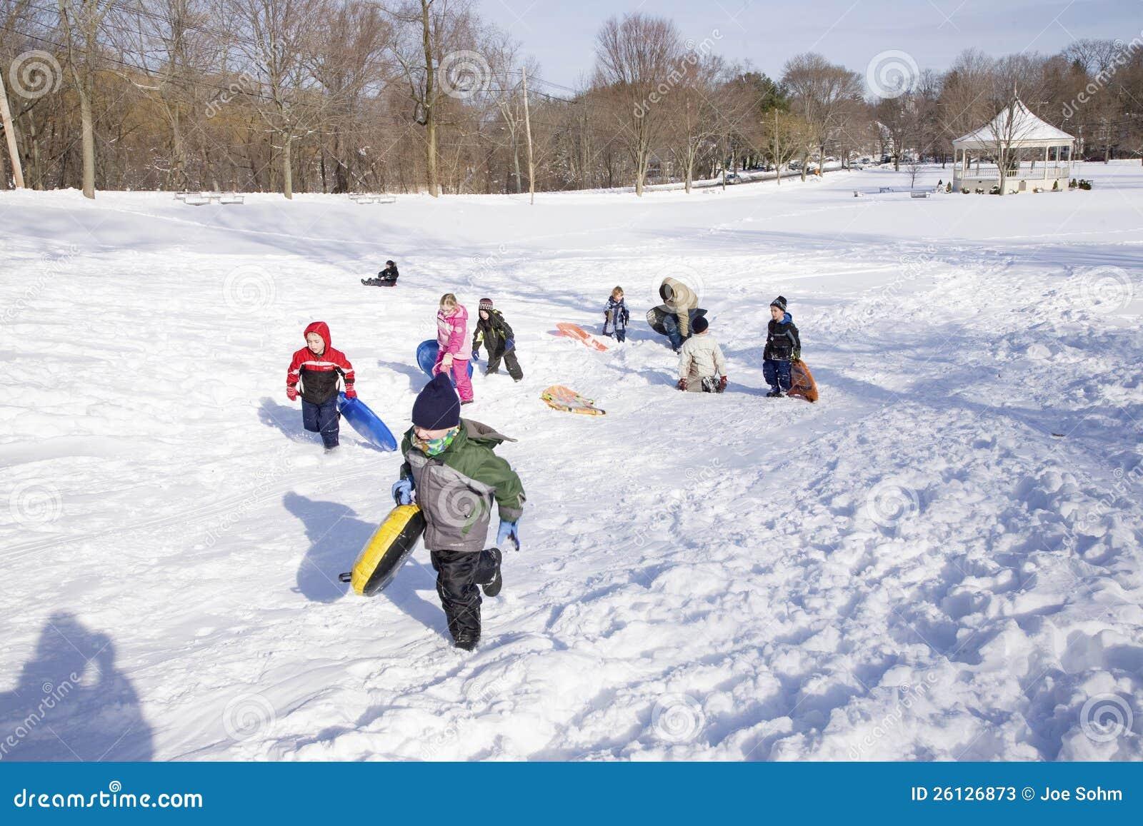 使用在雪的孩子