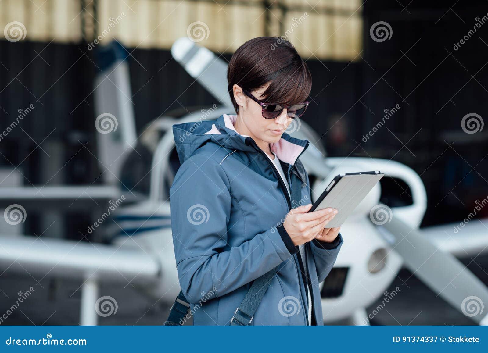 使用航空apps的飞行员