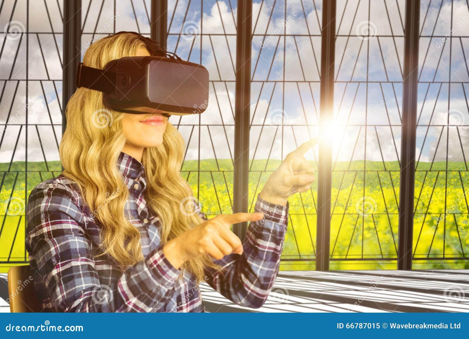 使用oculus裂口的相当偶然工作者的综合图象