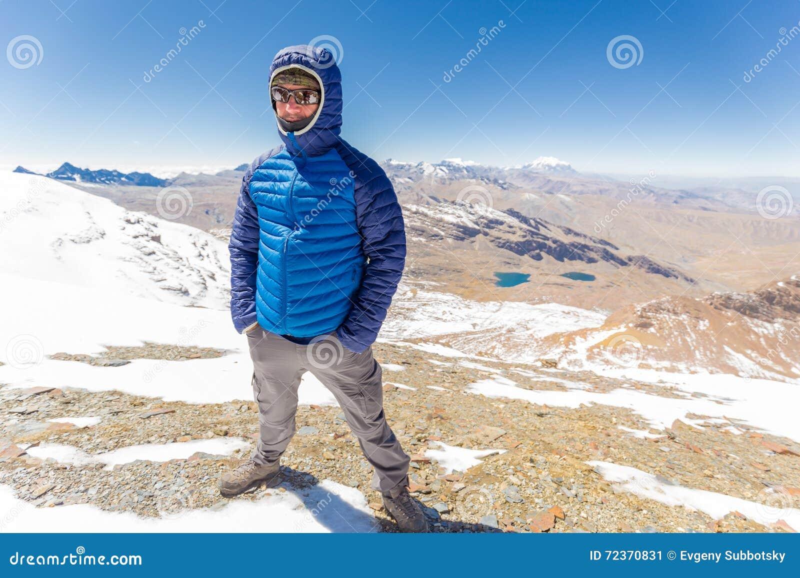 供以人员旅游常设山山顶,山脉范围,玻利维亚