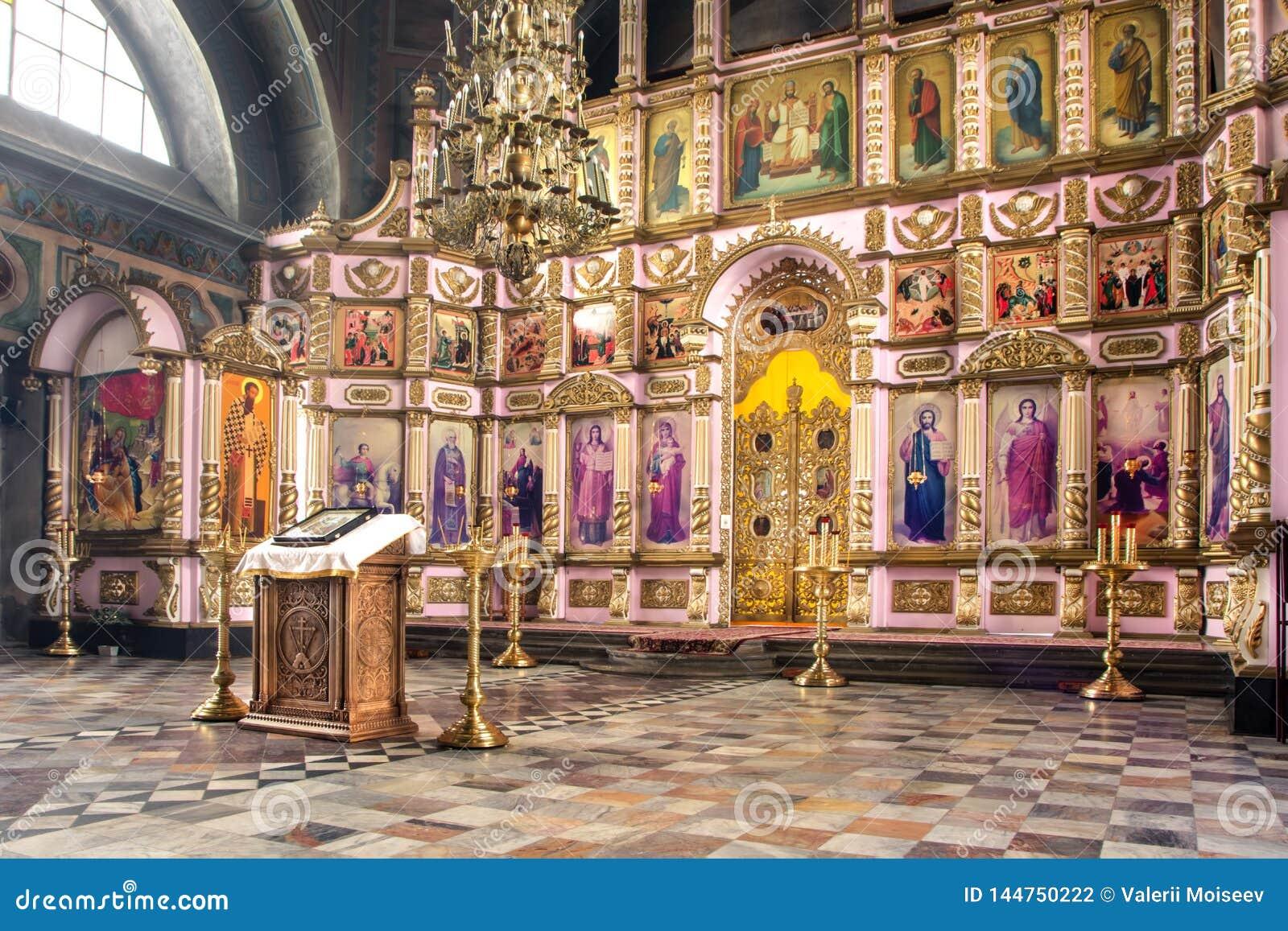 俄罗斯,梁赞2019年2月1日-东正教的内部,法坛,圣障,在自然光