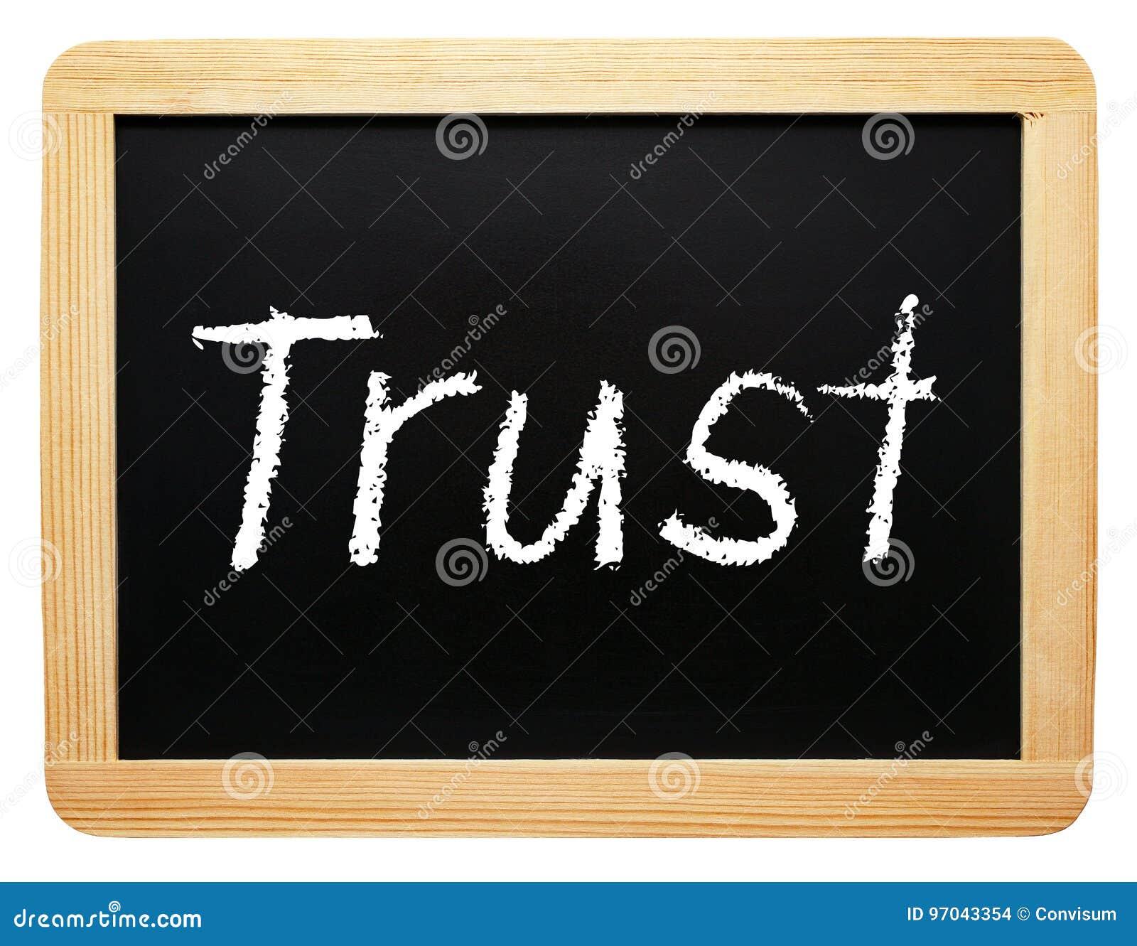 信任-有文本的木黑板